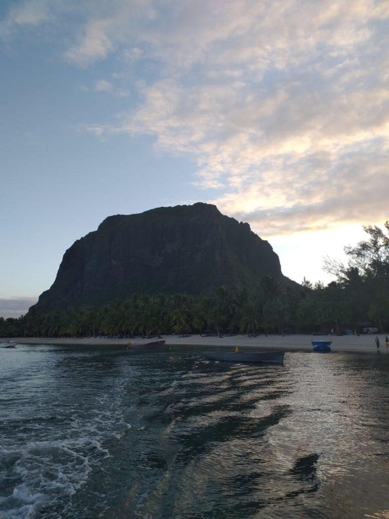 plage morne brabant lever de soleil